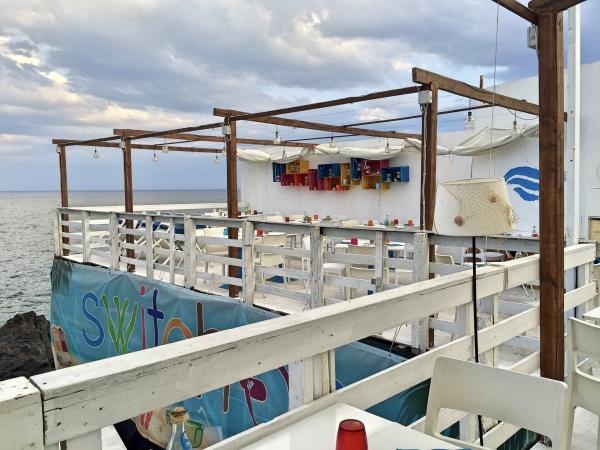 beach-cafe-cuti