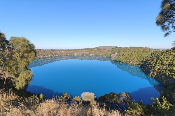 blue-lake-mount-gambier